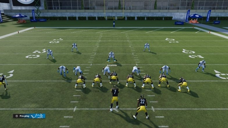Inside linebacker user control